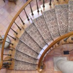 Kansas City Wool Roll Runner Curved Stair Top View