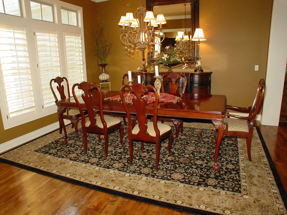 Machine Made Black Gold Oriental Dining Room Rug Overland Park